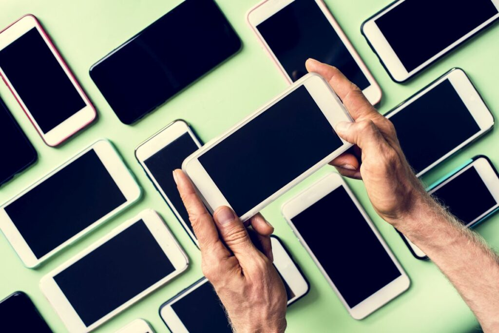 3 powody, dla których warto kupić folie do telefonów